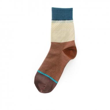 加拾加拾 每年1:1襪-鯨魚牙齒