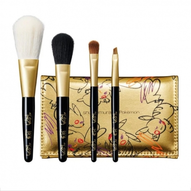 Shu Uemura植村秀 《聖誕限定》皮卡秀限量聯名彩妝 專業時尚刷具組