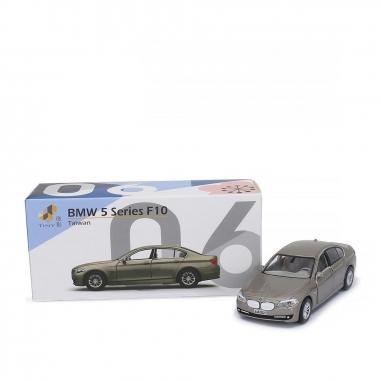 TINY微影 BMW 5系F10 Alpine 金色